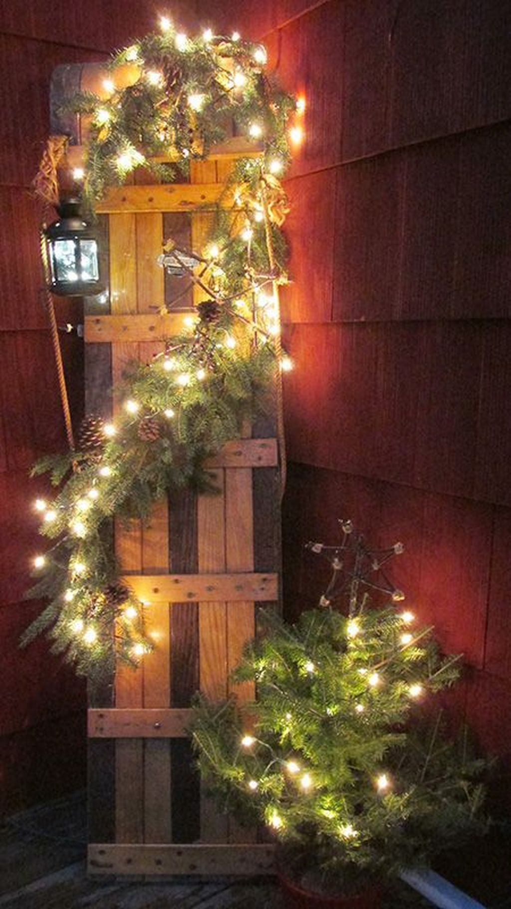 Awesome Christmas Lights Ideas For Exterior Decoration 07