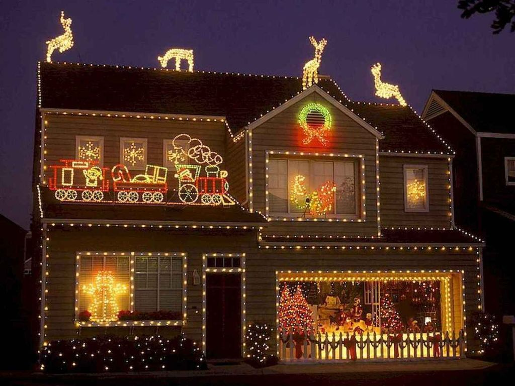 Awesome Christmas Lights Ideas For Exterior Decoration 18