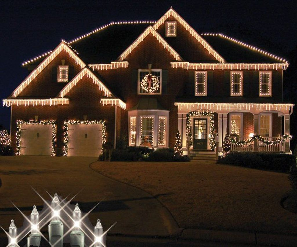 Awesome Christmas Lights Ideas For Exterior Decoration 20