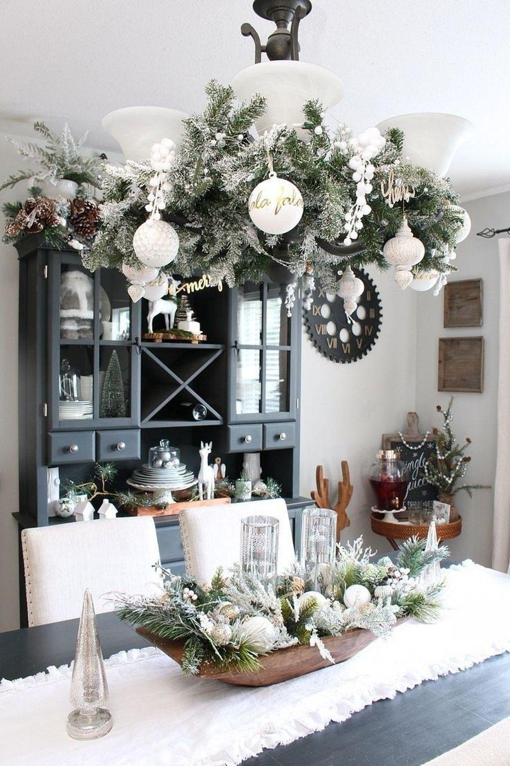 Awesome Christmas Theme Kitchen Decor Ideas 07