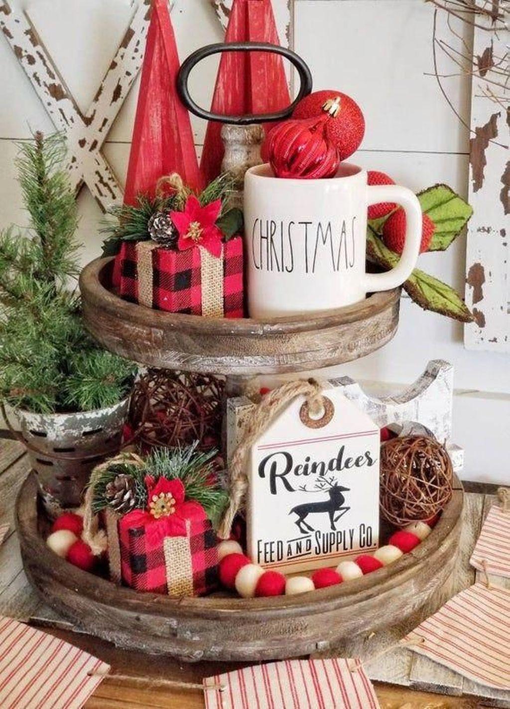 Awesome Christmas Theme Kitchen Decor Ideas 22
