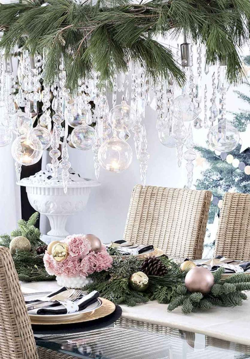 Beautiful Christmas Dining Room Decor Ideas You Never Seen Before 12