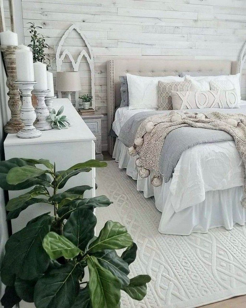 Beautiful Winter Bedroom Decor Ideas 13