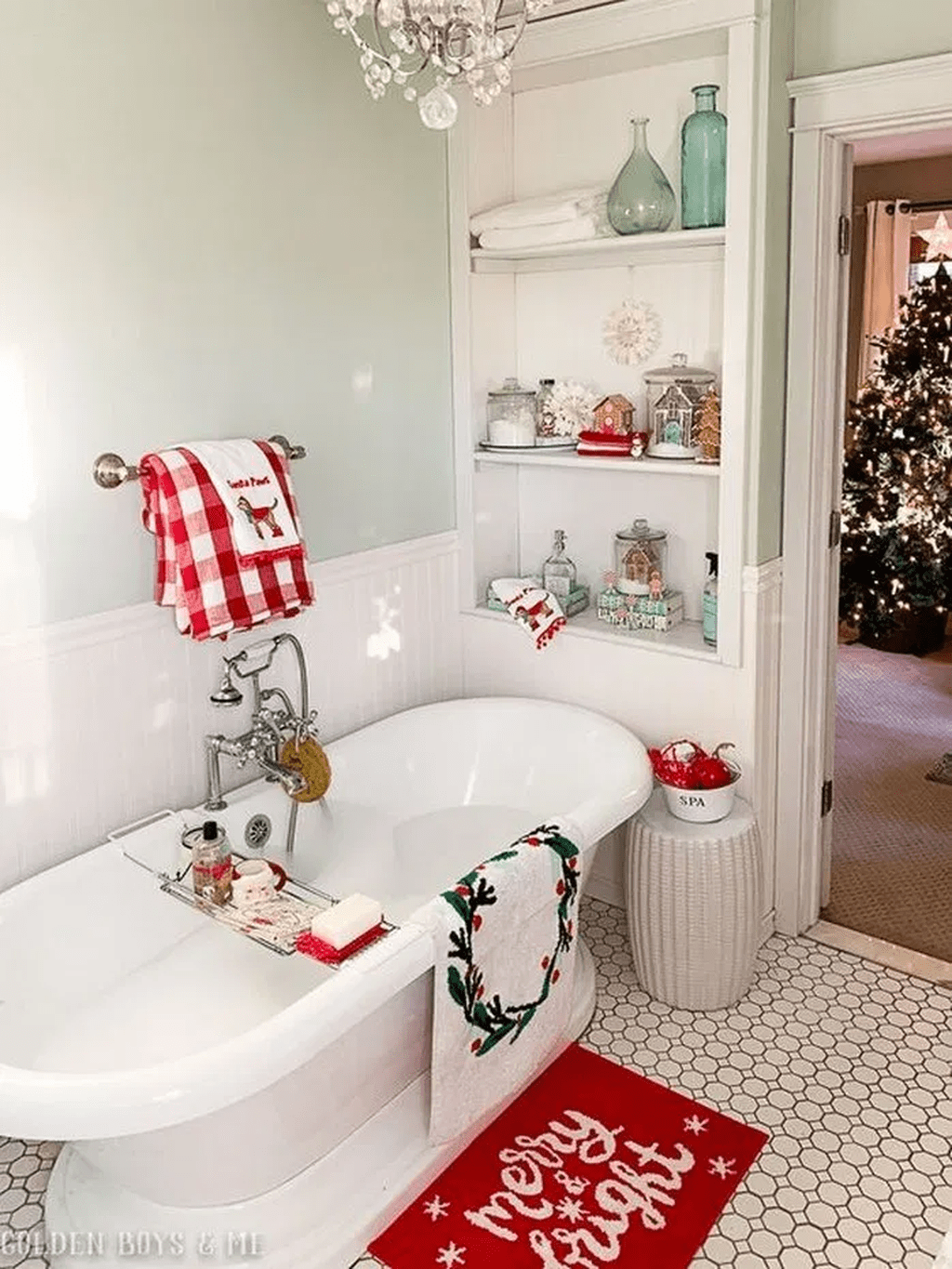 Fabulous Christmas Theme Bathroom Decor Ideas Trend 2019 04