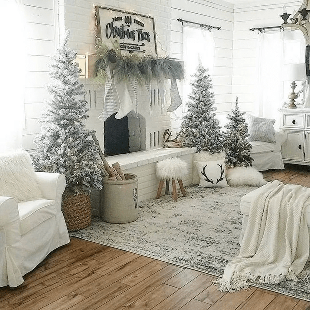 Gorgeous Christmas Living Room Decor Ideas To Look More Beautiful 24