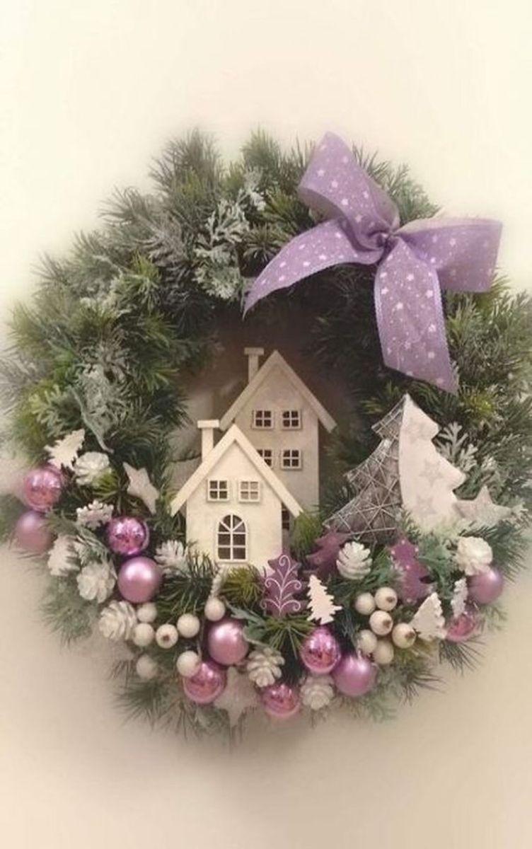 Gorgeous DIY Christmas Wreaths You Should Copy Now 30