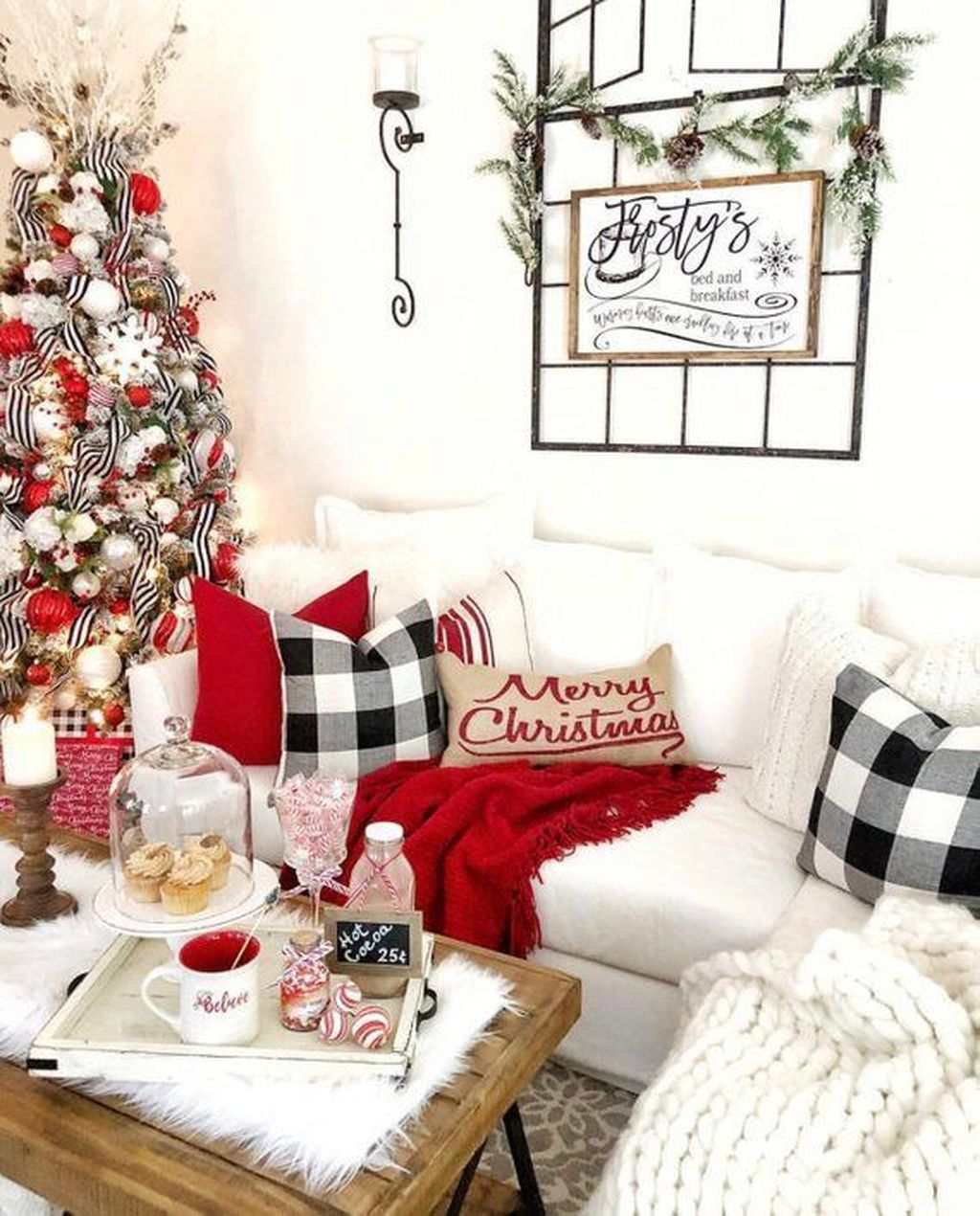 Nice Christmas Decoration Ideas For Apartment 09