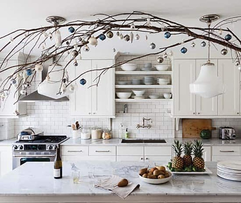 Popular Christmas Decor Ideas For Kitchen Island 19