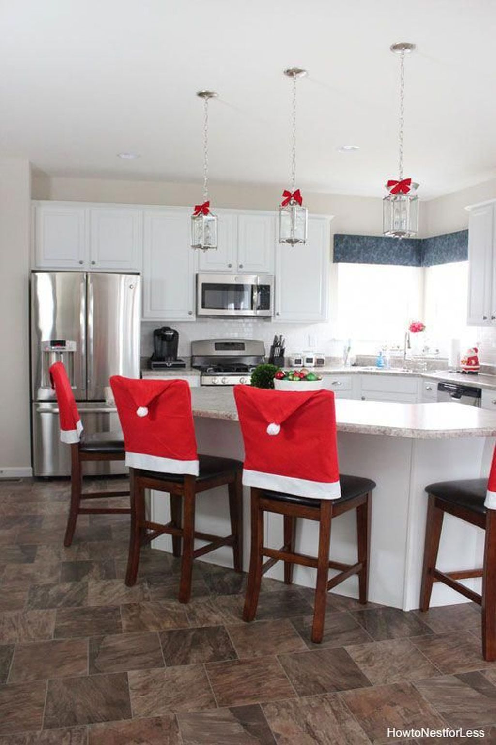Popular Christmas Decor Ideas For Kitchen Island 24