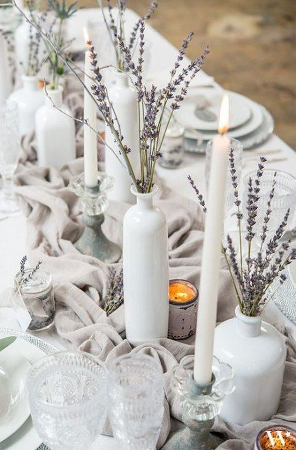 Popular Winter Table Centerpieces Ideas Best For Wedding 10