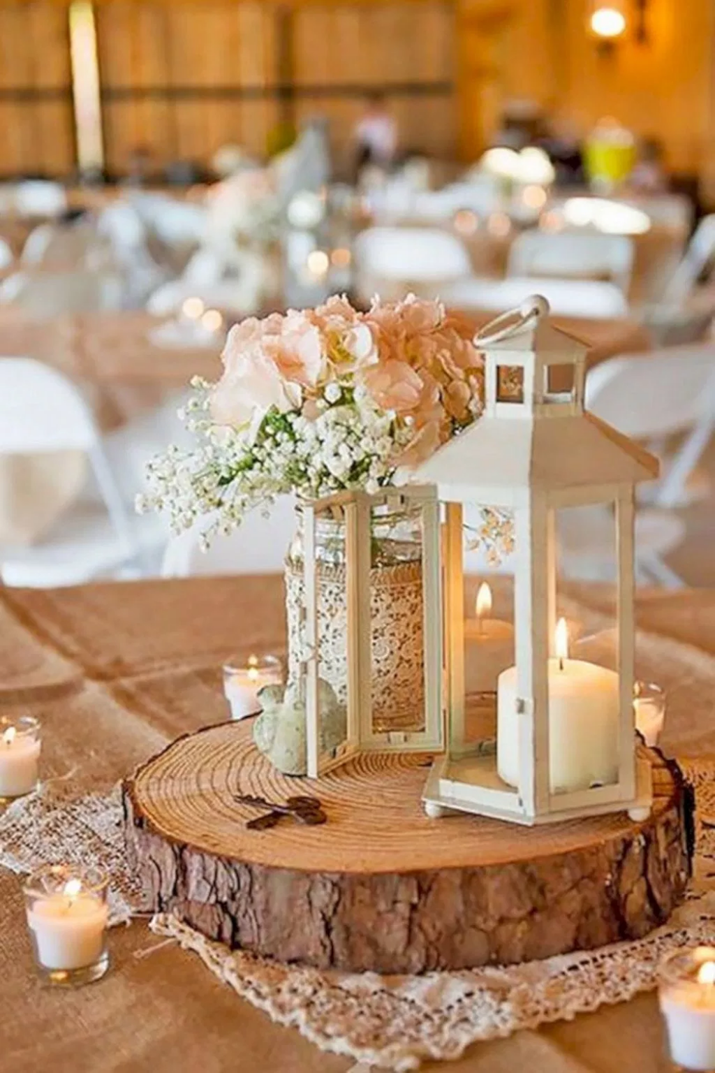 Stunning Winter Lantern Centerpieces For Wedding 09