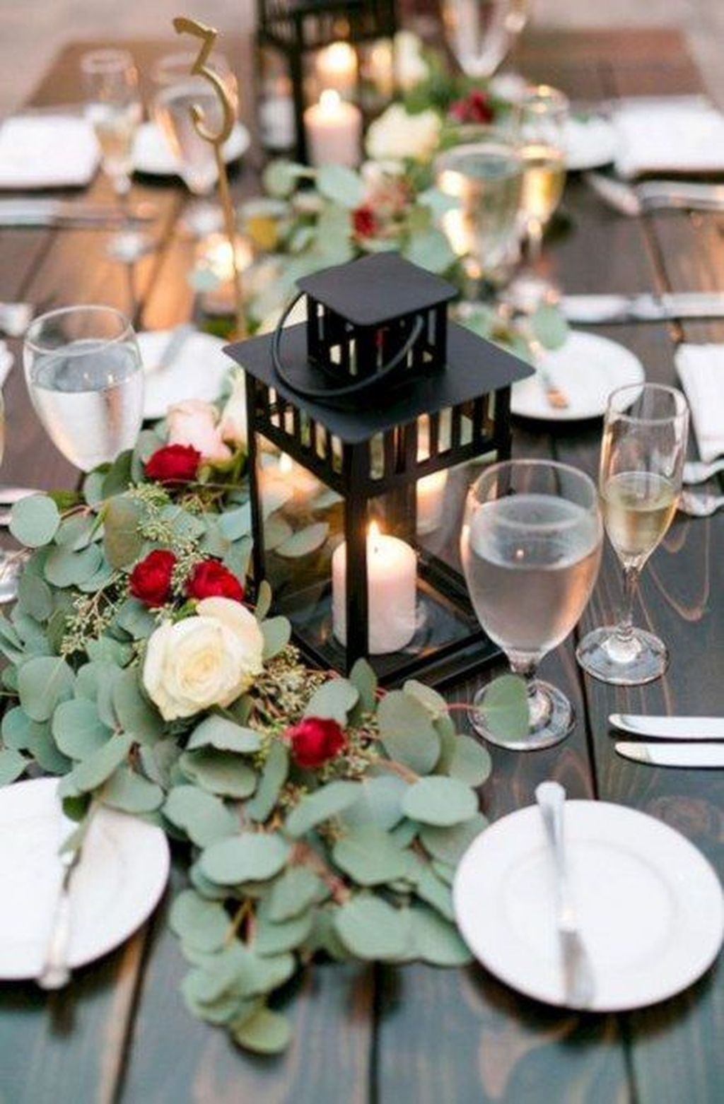 Stunning Winter Lantern Centerpieces For Wedding 15