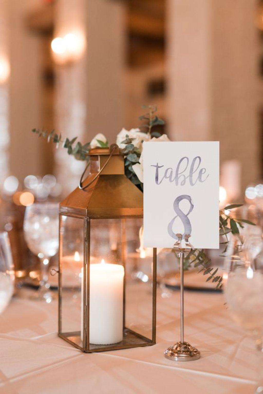 Stunning Winter Lantern Centerpieces For Wedding 34