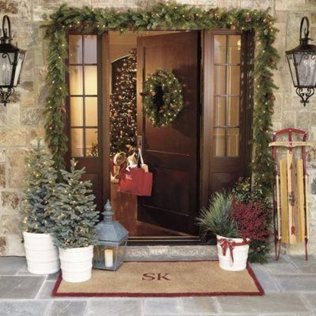 The Best Christmas Lanterns Outdoor Ideas Best For Front Porches 13