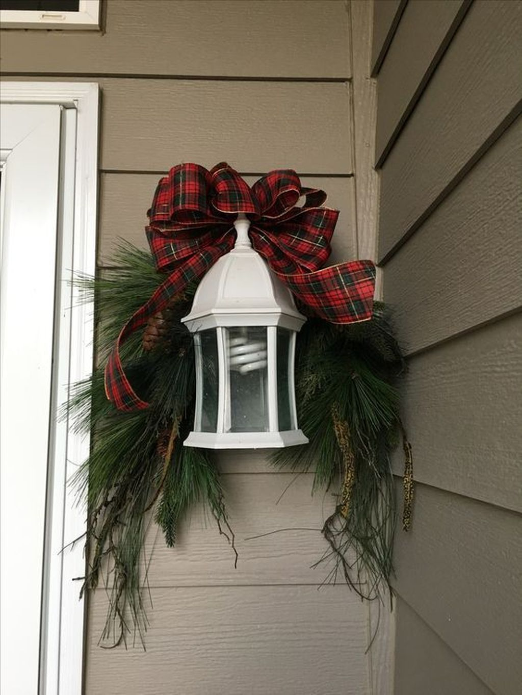 The Best Christmas Lanterns Outdoor Ideas Best For Front Porches 15