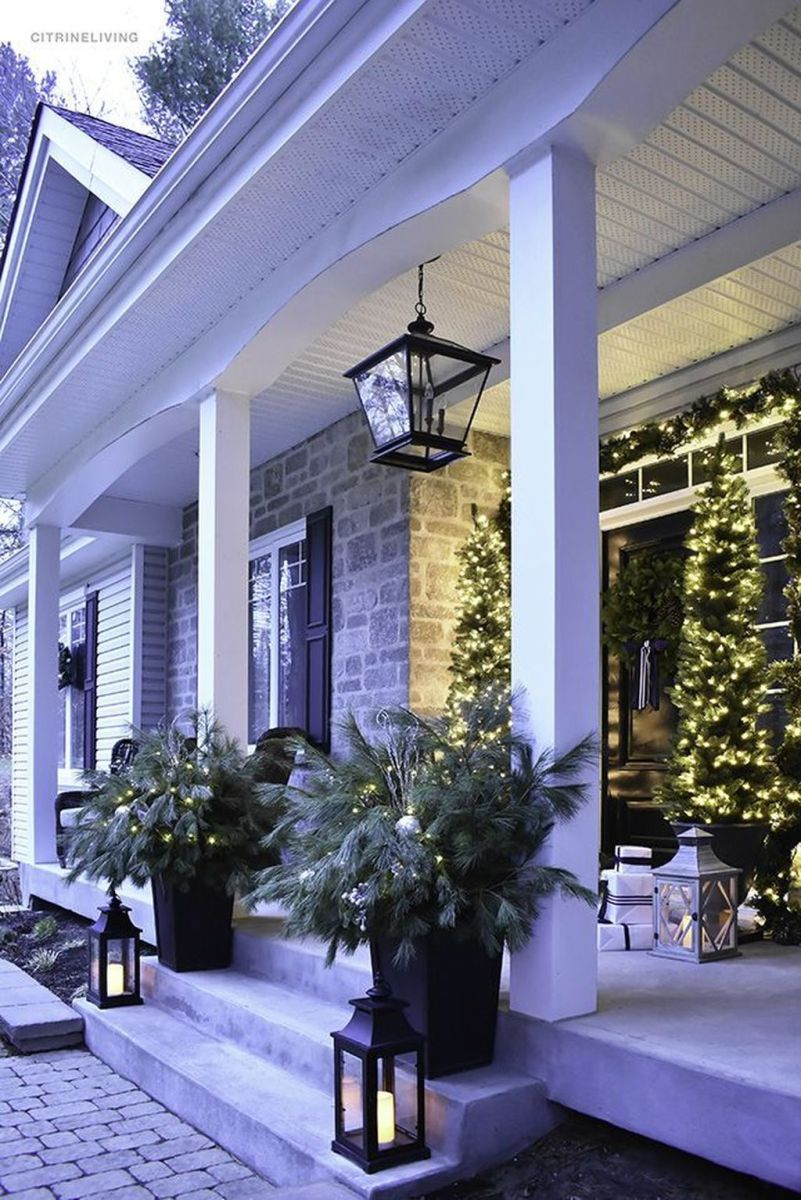 The Best Christmas Lanterns Outdoor Ideas Best For Front Porches 33
