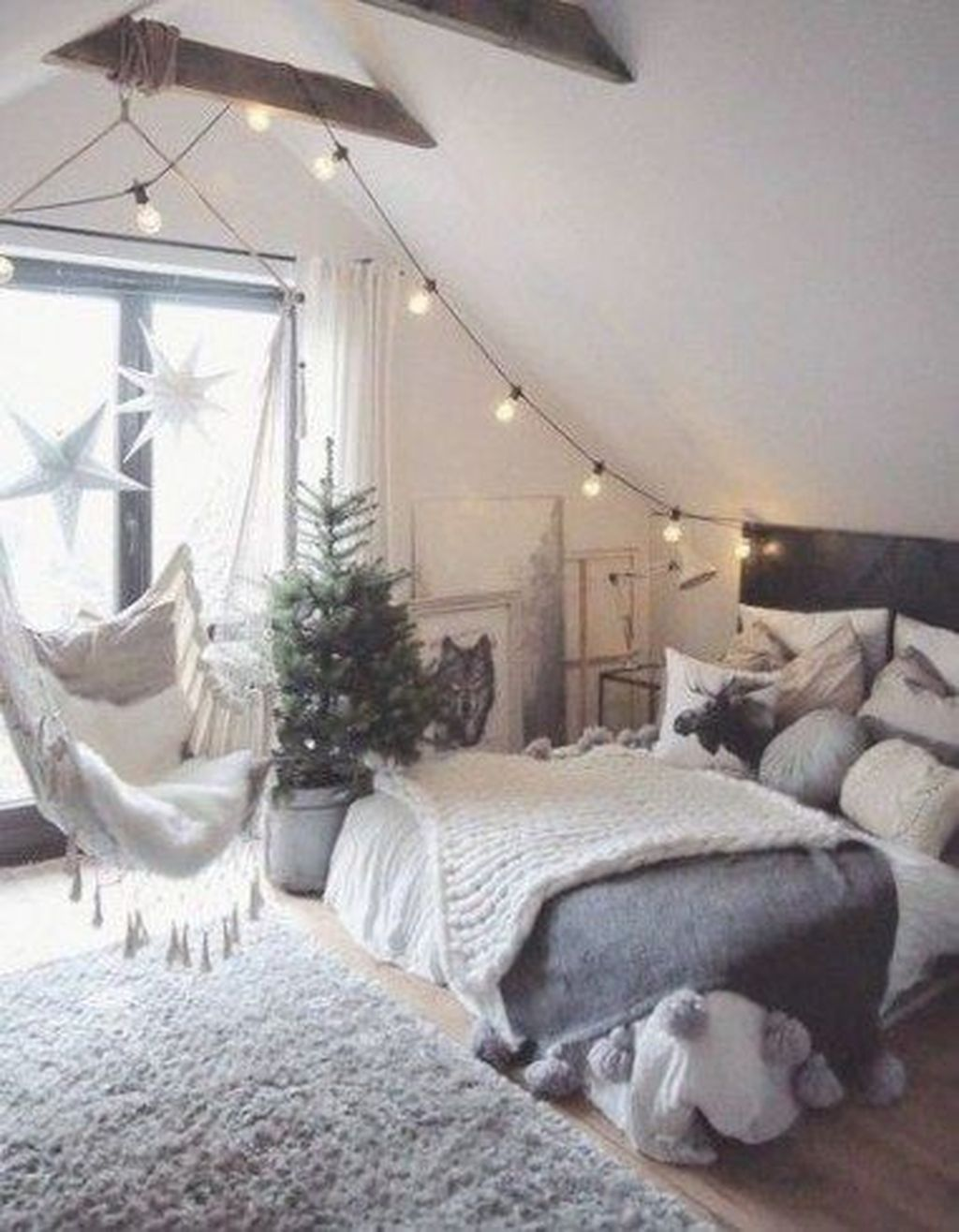 Awesome Romantic Bedroom Lighting Ideas You Will Love 31