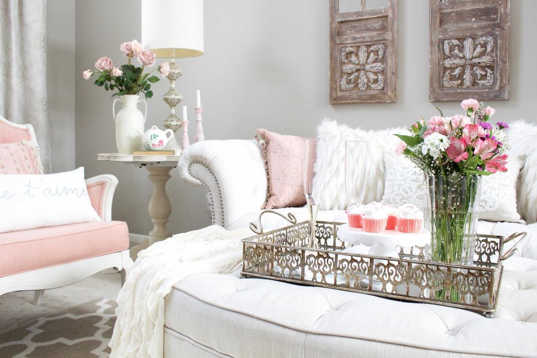 Beautiful Valentine Living Room Decor Ideas You Should Try 12