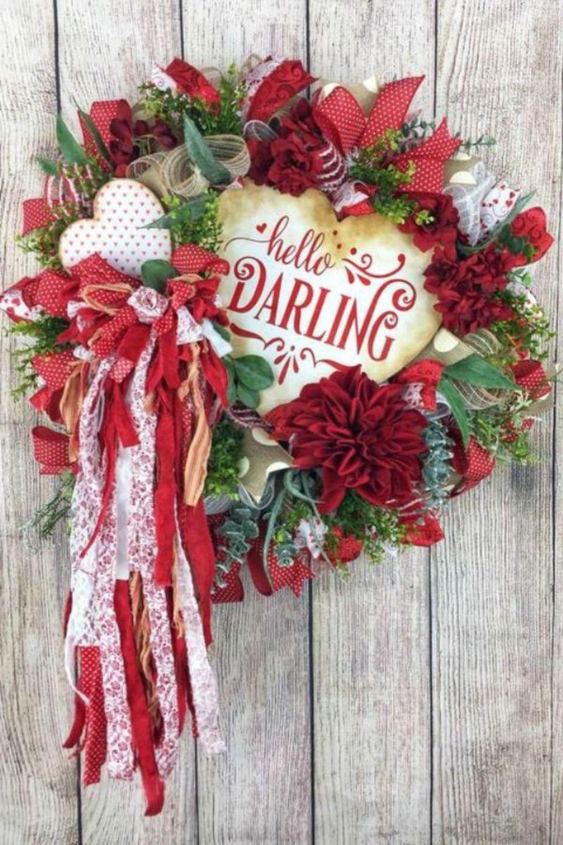Fabulous Valentine Wreath Design Ideas FOr Your Front Door Decor 01