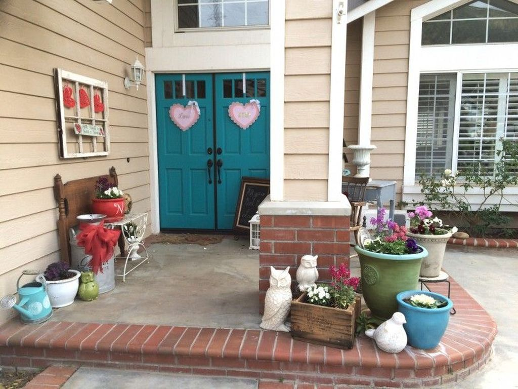 Inspiring Outdoor Valentine Decor Ideas That You Definitely Like 14