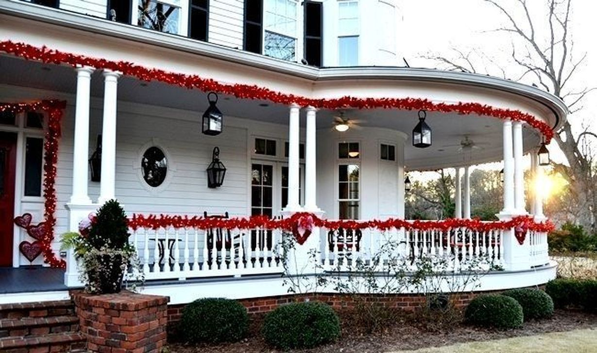 Inspiring Outdoor Valentine Decor Ideas That You Definitely Like 18