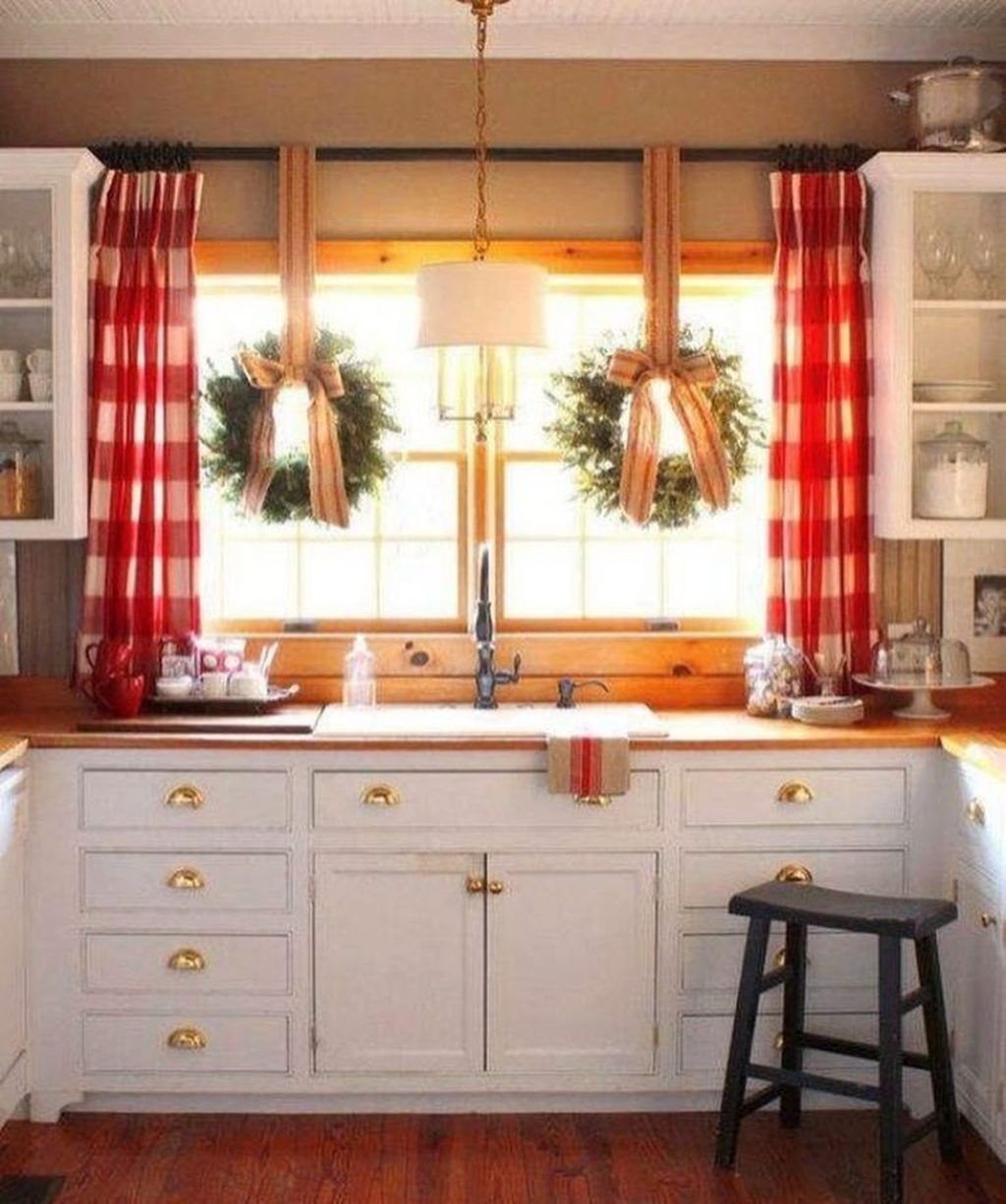 Lovely Romantic Kitchen Decorating Ideas 14