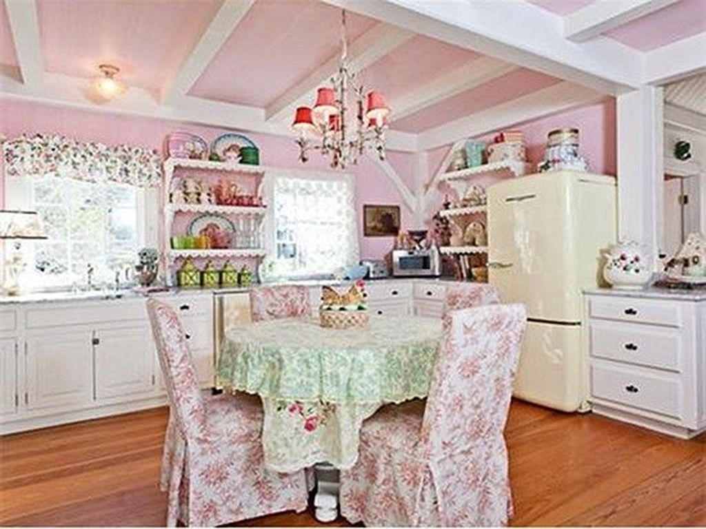 Lovely Romantic Kitchen Decorating Ideas 15