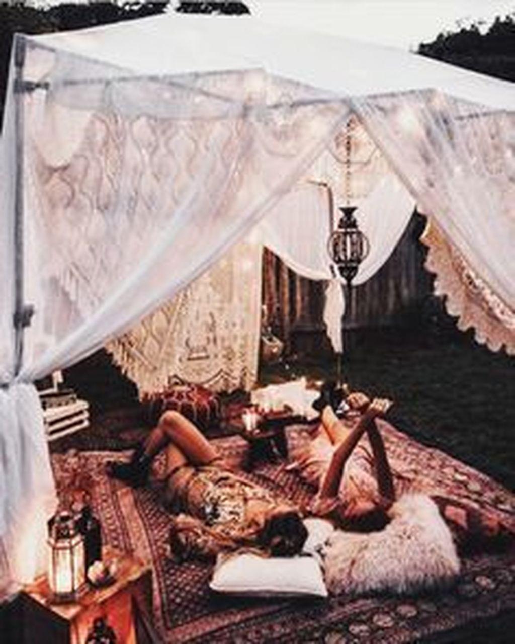 The Best Romantic Backyard Decorating Ideas 12