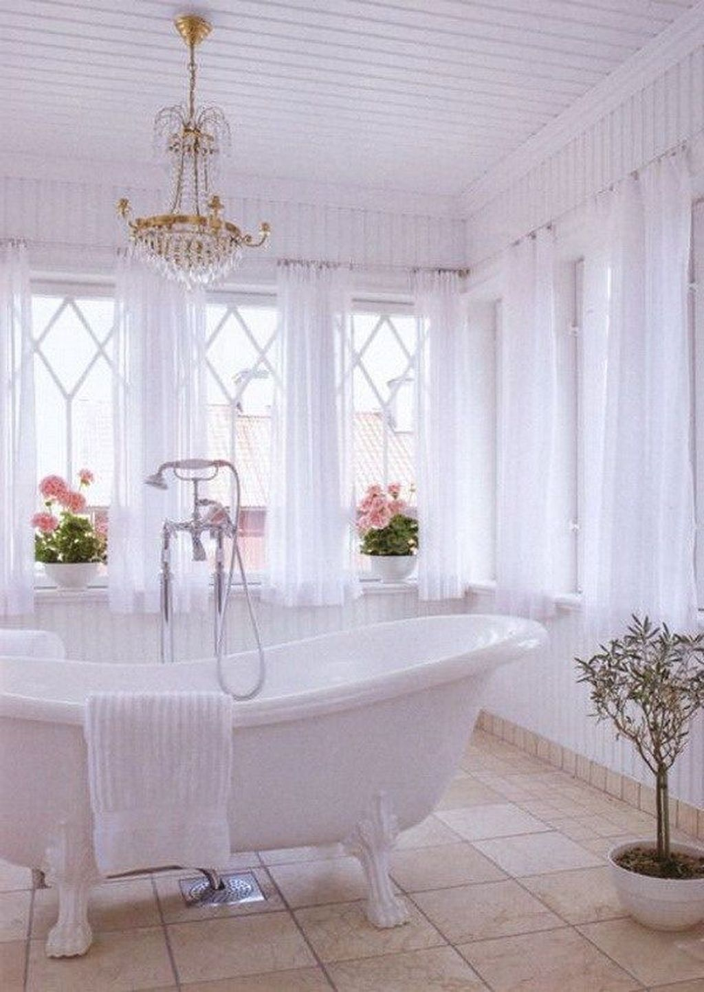 The Best Romantic Bathroom Ideas Perfect For Valentines Day 11