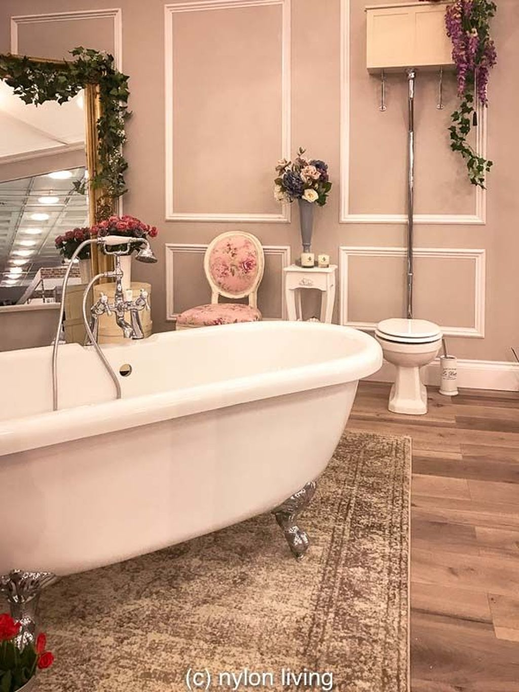 The Best Romantic Bathroom Ideas Perfect For Valentines Day 27