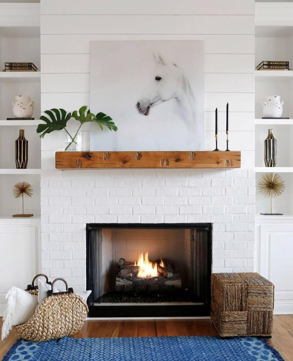 Beautiful Modern Farmhouse Fireplace Ideas You Must Have 11