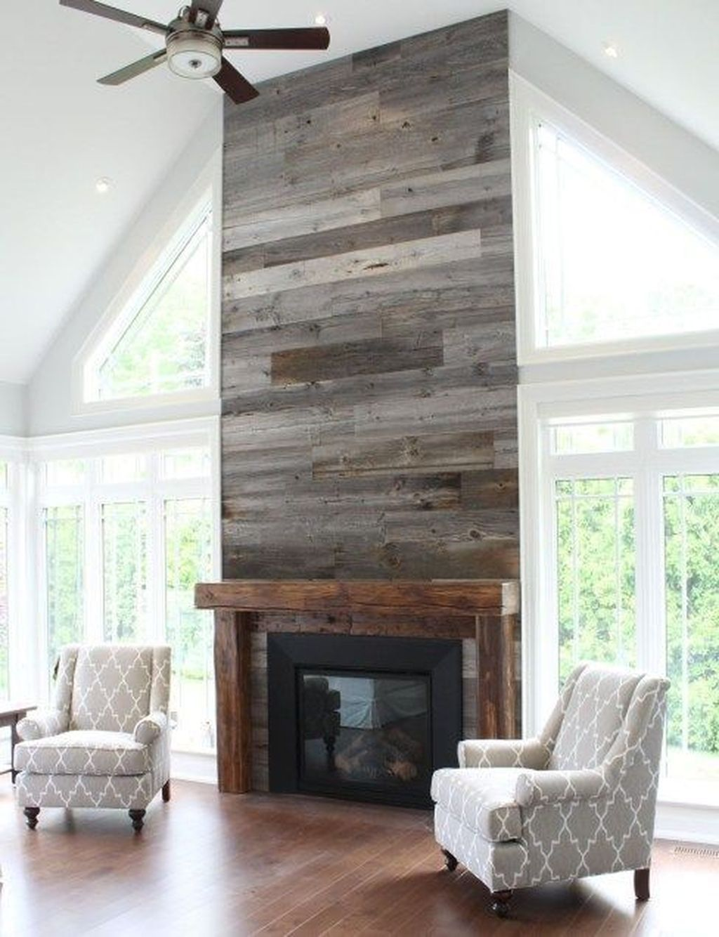 Beautiful Modern Farmhouse Fireplace Ideas You Must Have 16