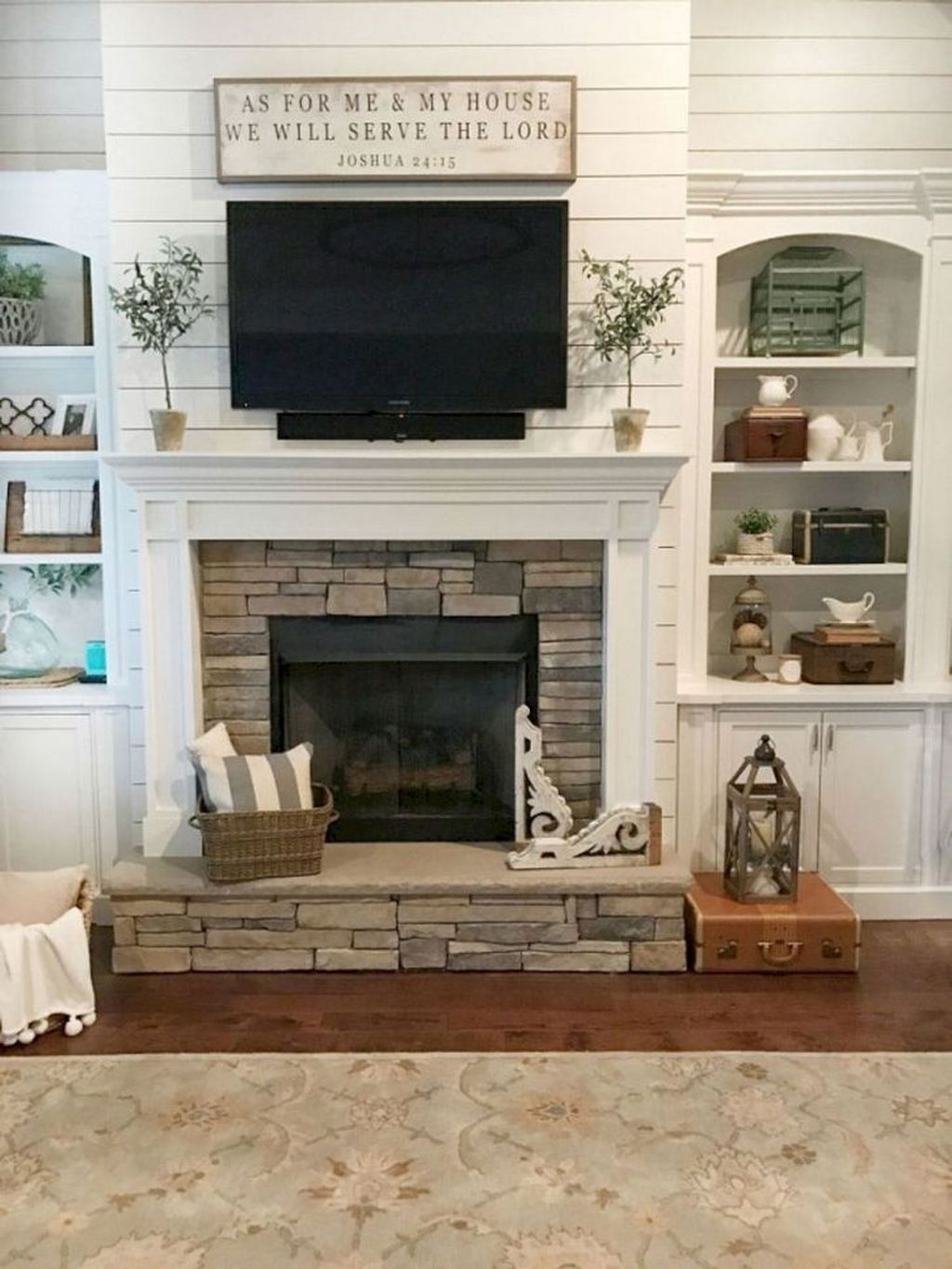 Beautiful Modern Farmhouse Fireplace Ideas You Must Have 24