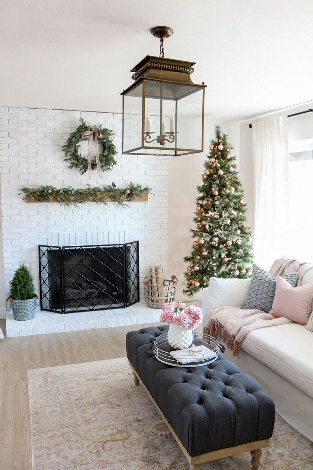 Beautiful Modern Farmhouse Fireplace Ideas You Must Have 27