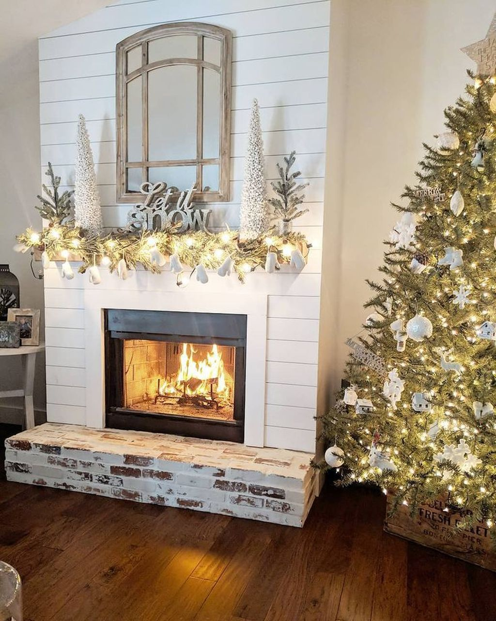 Beautiful Modern Farmhouse Fireplace Ideas You Must Have 31