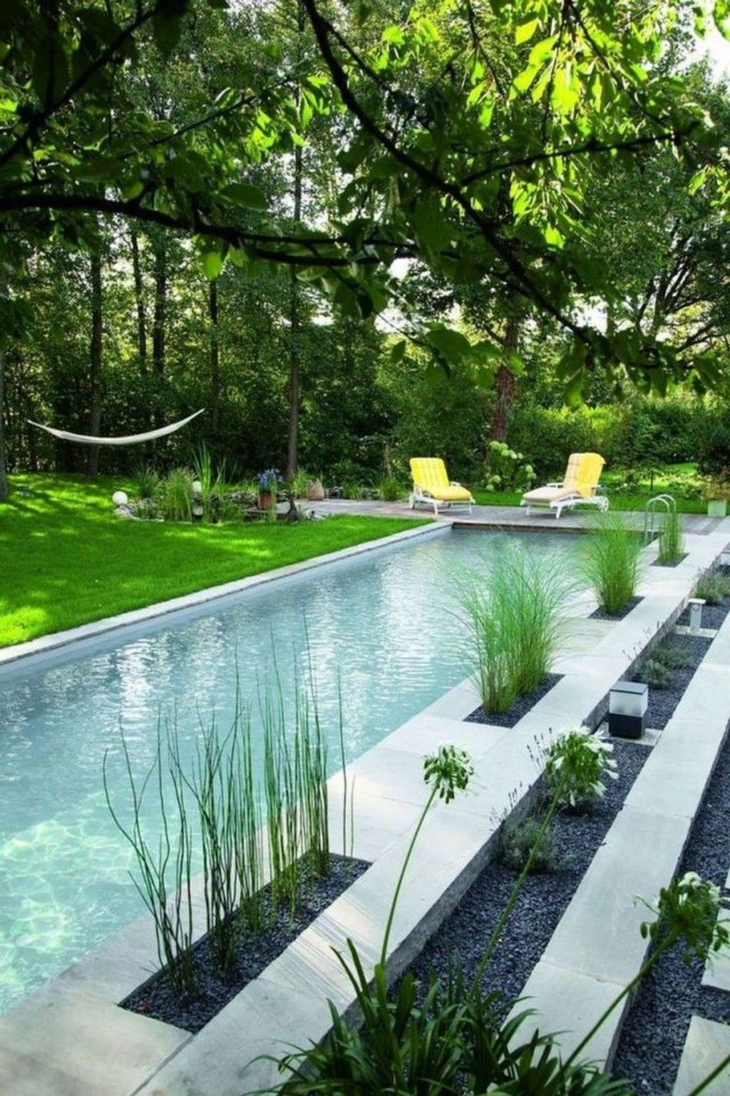 Beautiful Small Pool Backyard Landscaping Ideas Best For Spring And Summertime 02