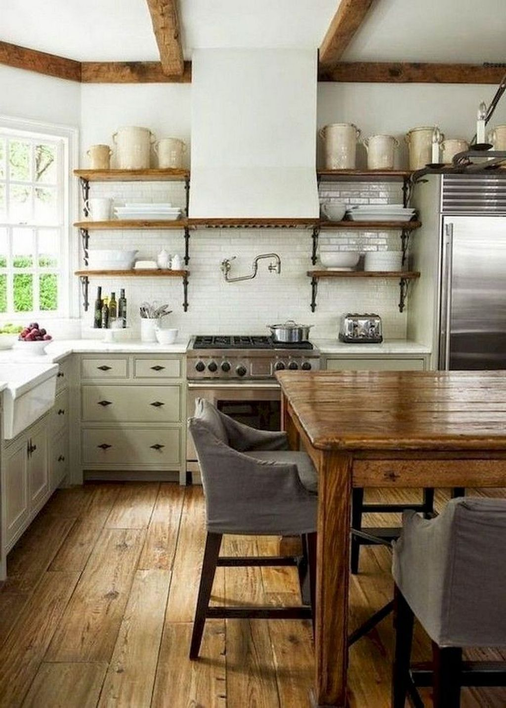 Popular Traditional Kitchen Ideas With Farmhouse Style 05