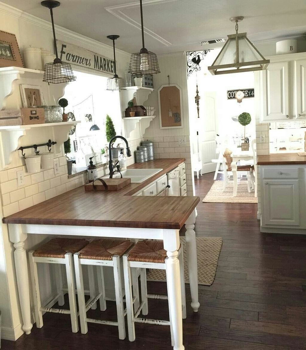 Popular Traditional Kitchen Ideas With Farmhouse Style 16