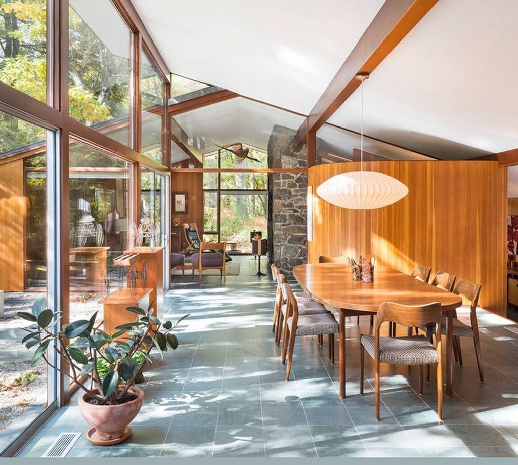 Admirable Mid Century Modern House Design Ideas 26