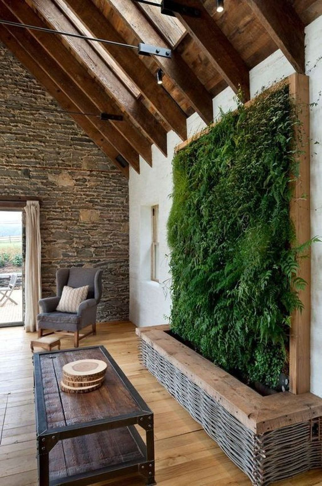 Amazing Living Wall Indoor Decoration Ideas 19