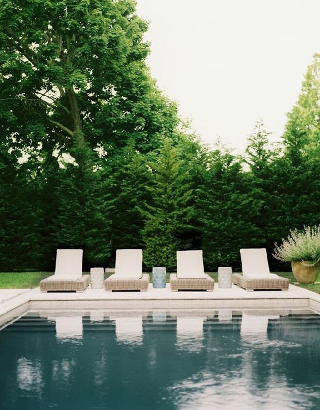 Amazing Pool Seating Ideas Which Are Very Comfortable 22