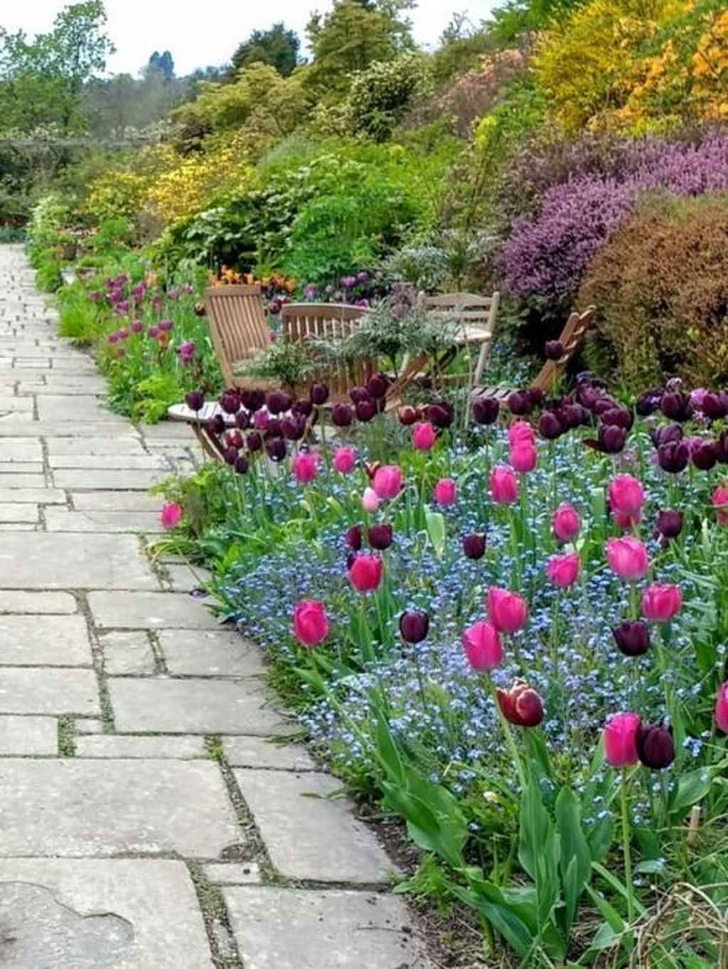 Beautiful Spring Backyard Landscape Ideas You Should Copy 28