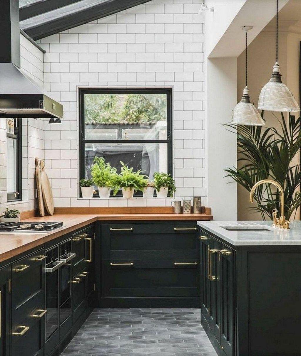 Fabulous Black And White Wood Kitchen Design Ideas 01