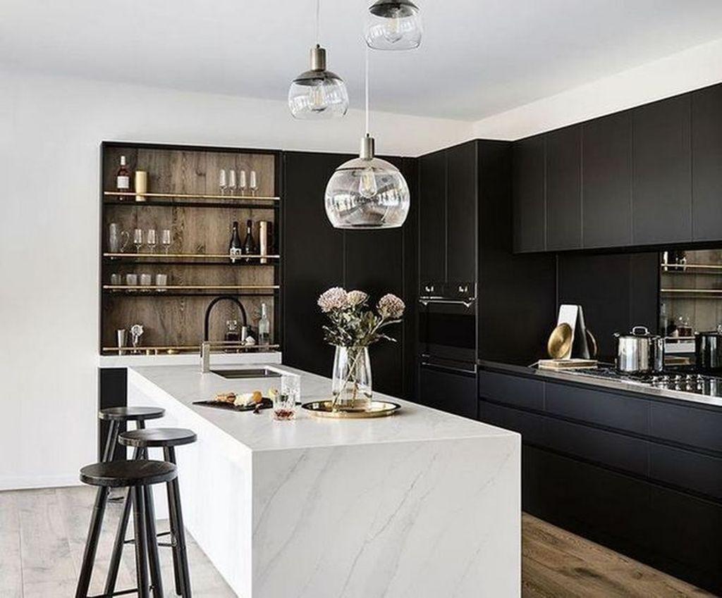 Fabulous Black And White Wood Kitchen Design Ideas 20