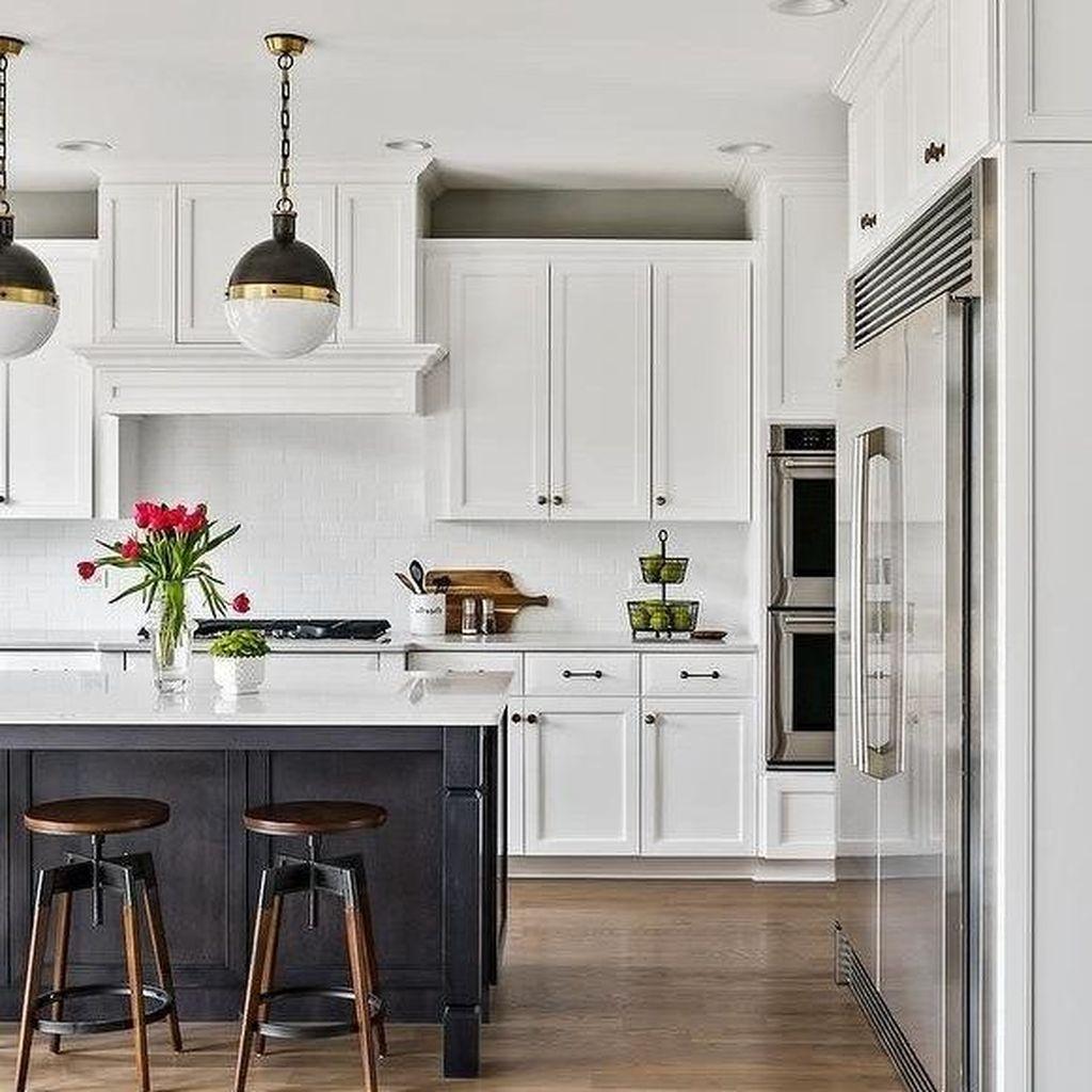 Fabulous Black And White Wood Kitchen Design Ideas 35