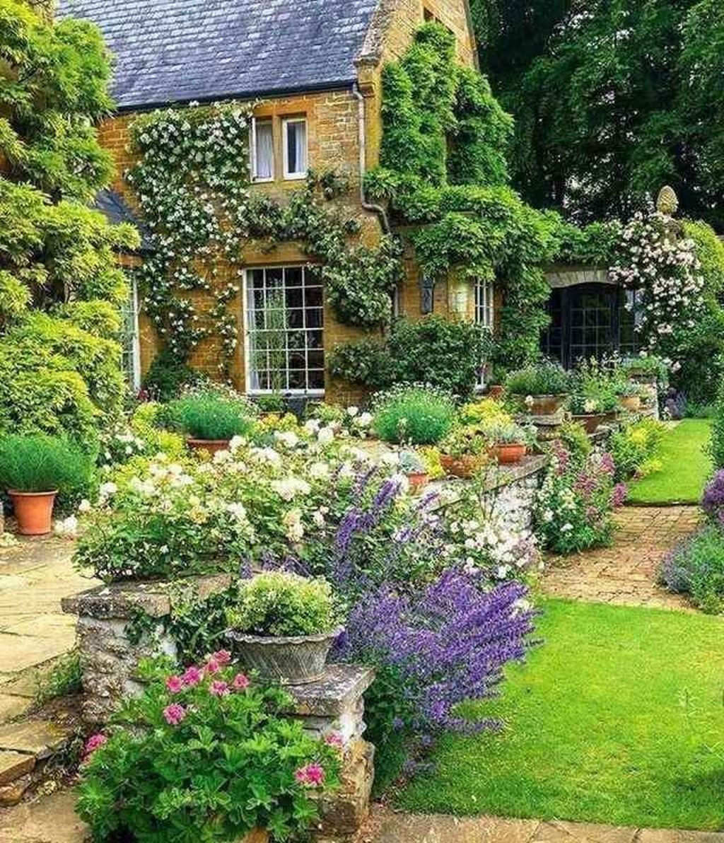 Fascinating Front Yard Cottage Garden Decor Ideas 03