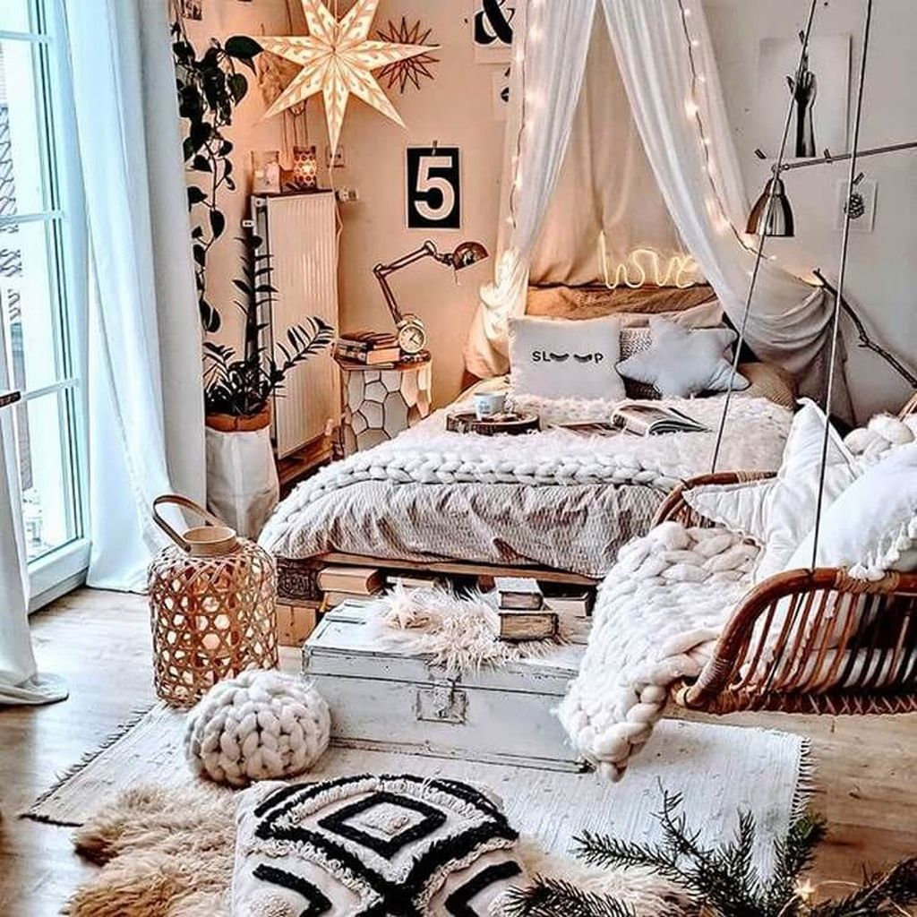 Gorgeous Bohemian Bedroom Decor Ideas You Can Try 03