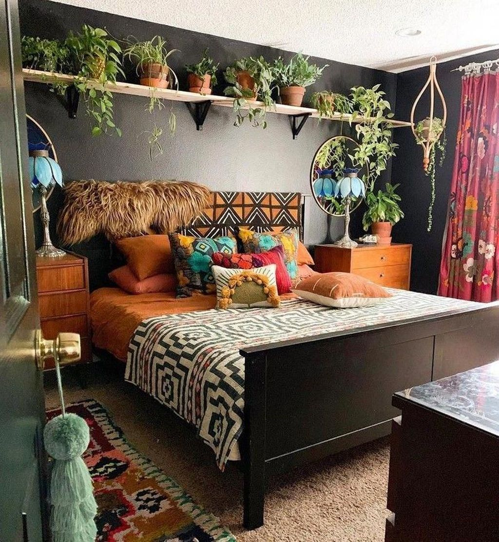 Gorgeous Bohemian Bedroom Decor Ideas You Can Try 30