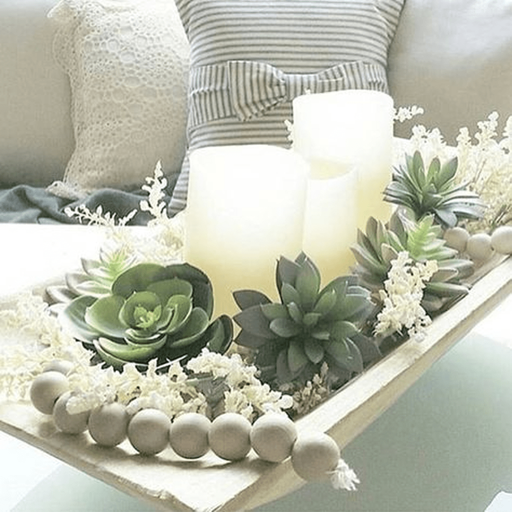 Gorgeous Spring Centerpieces Ideas For Dining Room Decor 31