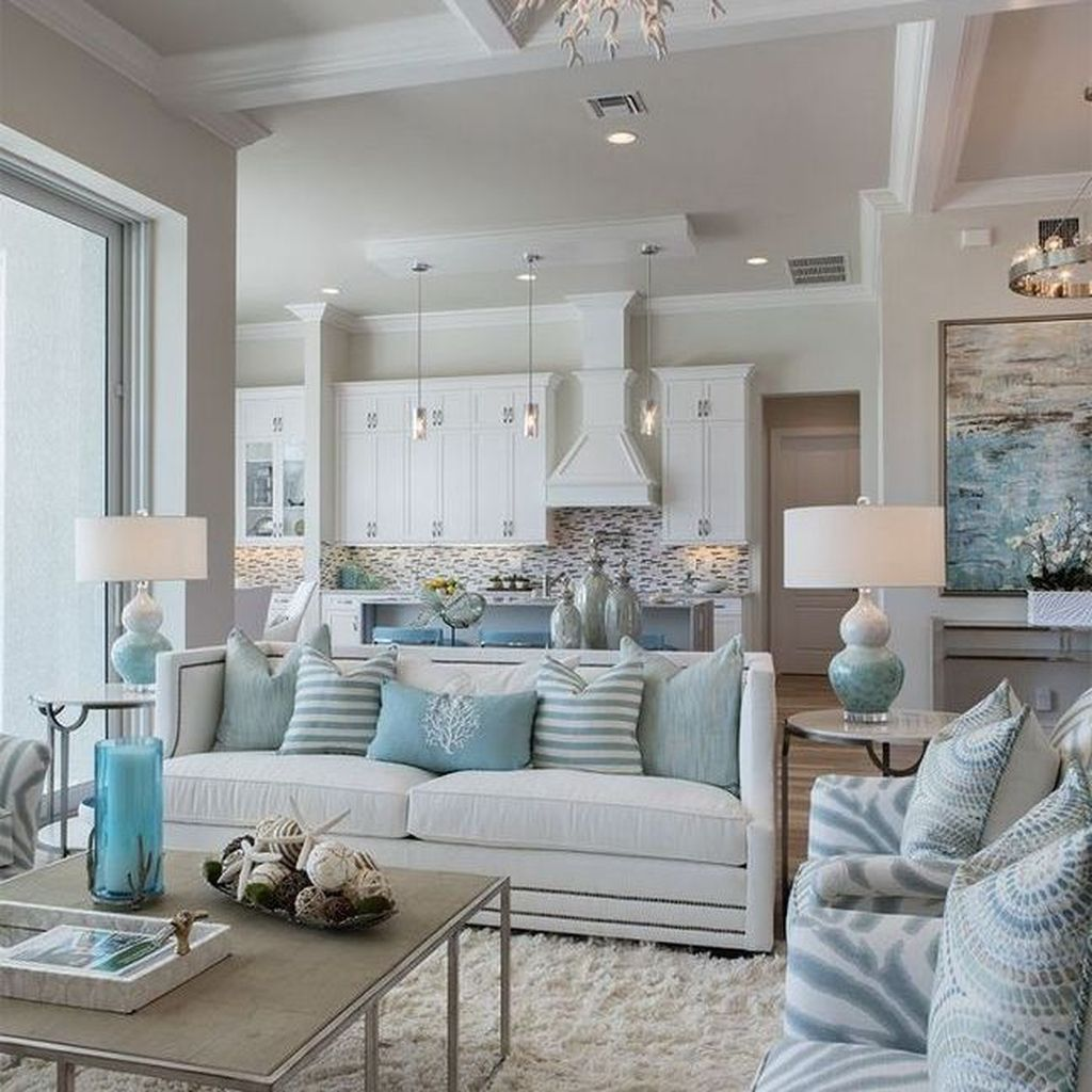Inspiring Beachy Farmhouse Living Room Decor Ideas 18